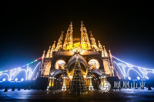 遇见北欧·圣诞炫彩奇妙夜 泉城欧乐堡度假区引爆冬季图片
