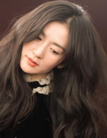 谢娜留学不算啥 超美的发型才抢镜