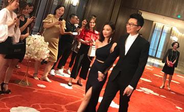 她年收入十亿,是王思聪前女友,如今要嫁给…