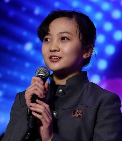 文章来源:搜狐,标题:17岁林妙可穿旧衣做公益 好久 ...