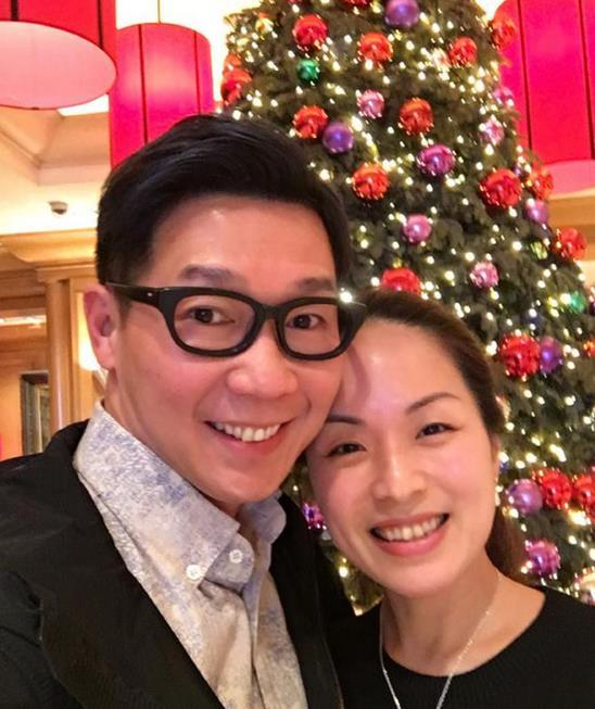 品冠结婚五周年发糖:被你爱是最幸福的事