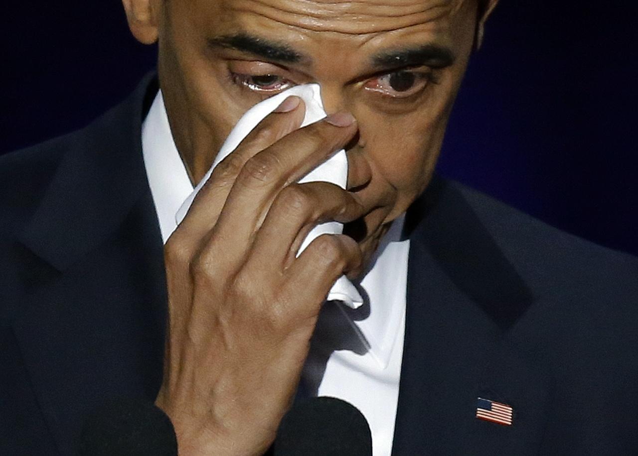 宣告8年总统生涯结束 奥巴马告别演讲深情落泪