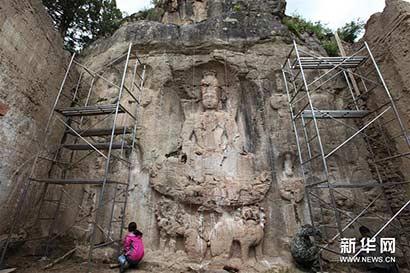 西藏芒康确认8处吐蕃石刻均是佛教造型 距今1200多年