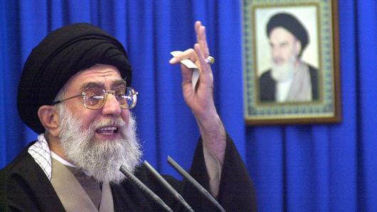 """伊朗要领:新总统特朗普展现了美国的""""真实嘴脸"""""""