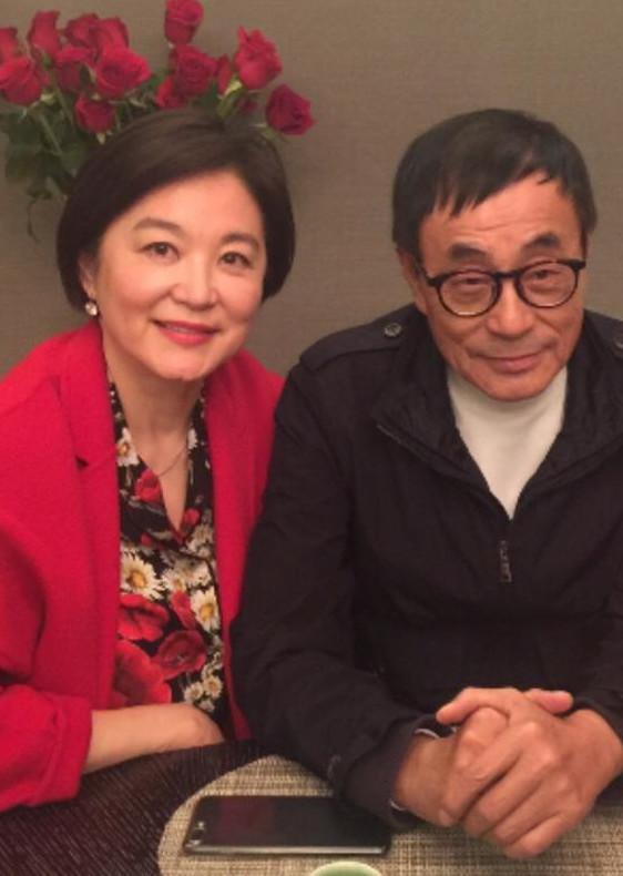刘家昌晒与林青霞合影 盛赞:不愧中国第一美女