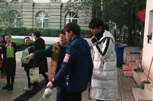 王俊凯报考北影 张艺谋:注定吃演员这碗饭