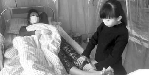 山东8岁女孩为救母增肥捐髓 最多一天吃6顿饭(图)