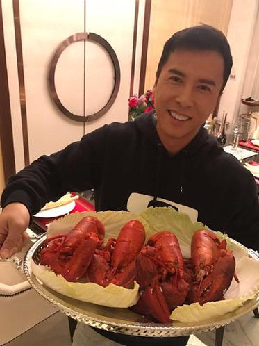 甄子丹情人节大秀厨艺 粉丝:拉得一手好仇恨