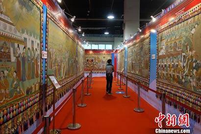 青海画师创作1300米唐卡长卷 将打破世界纪录