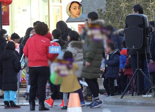 黄磊老婆怀三胎算什么,这些明星都有三个娃