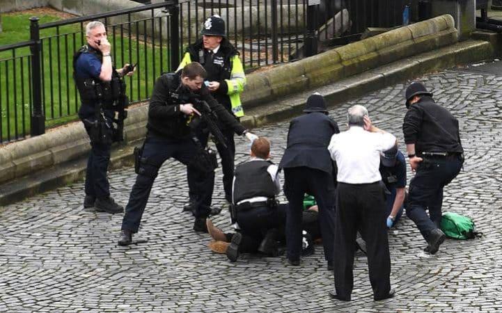 与世界对话| 布鲁塞尔周年祭,伦敦议会再遭恐袭!欧洲还能好吗?