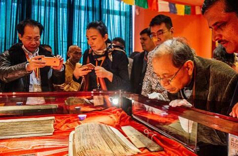 千册国宝级梵藏佛典现世 最老经文已逾千年