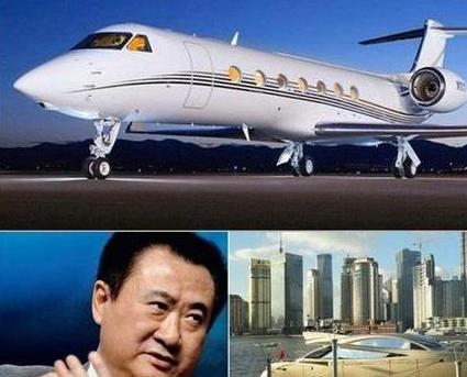 在私人飞机上 刘强东比马云王健林贵了一个亿!