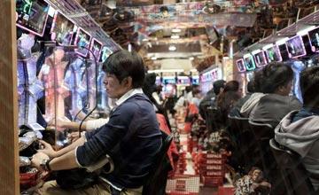 一款赌博游戏毒害了数百万日本人