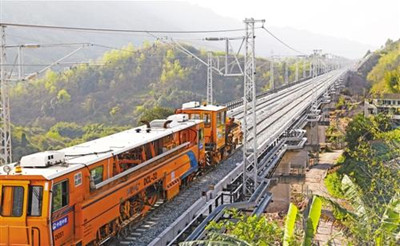 渝黔铁路12月通车 重庆2小时可到贵阳5小时可到广州