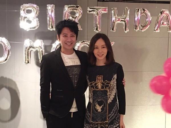 港星孙耀威宣布结婚 44岁迎娶交往8年女友