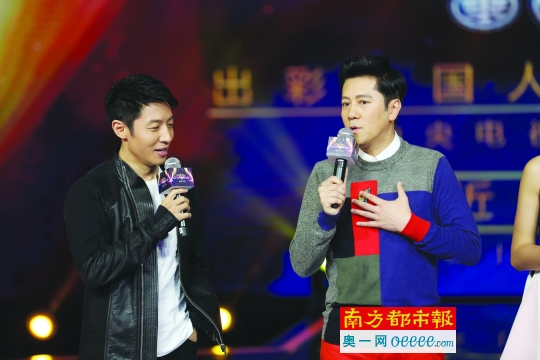 """蔡国庆自曝曾遭歌唱比赛""""潜规则"""" 满眼都是泪"""