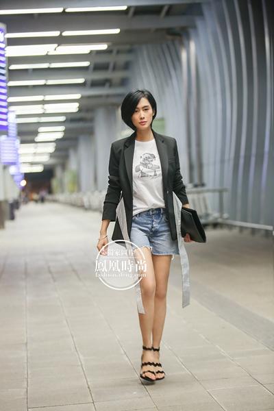 独家:朱茵出发戛纳电影节_集帅气性感时髦于一身的她不要太美