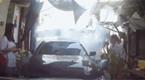 男子开车连撞女司机6次后拔刀威胁