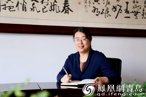 青岛旅游学校刘书记