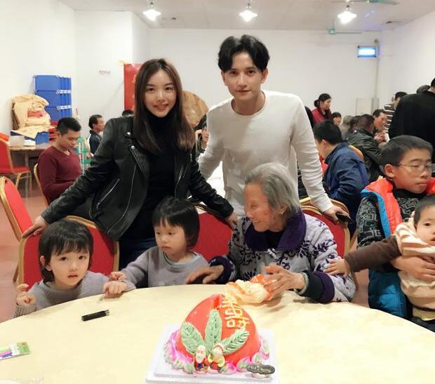 刘洲成姐姐斥家暴传闻:他曾为娶女人和母亲反目