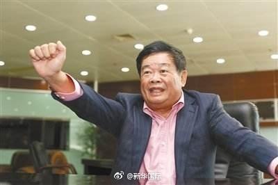党媒:胳膊肘往外拐,有人就是希望曹德旺不旺(图)