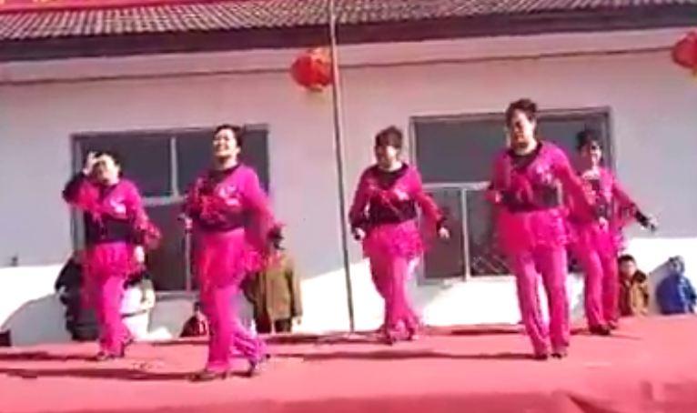 广场舞手绢舞变队形-幼儿变队形舞蹈视频,16变队形舞