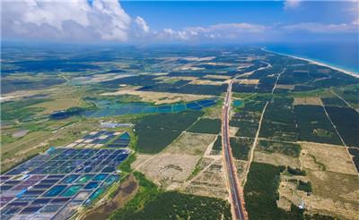 文昌滨海旅游公路串起最美风景线 昌铺段路基桥涵基本完成