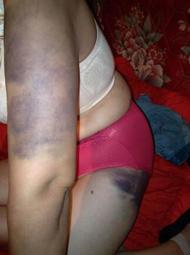 妻子遭家暴20年 被迫伺候情妇