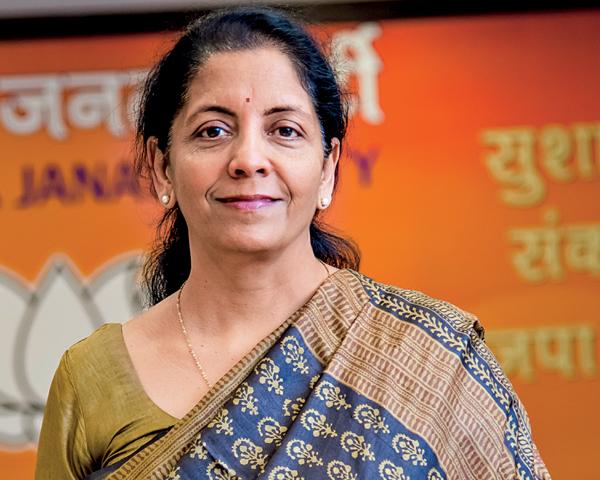 印度政府迎来史上第二个女防长