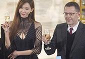 43岁林志玲优雅现身活动