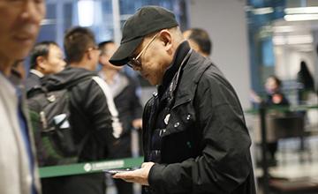 54岁李连杰近照曝光