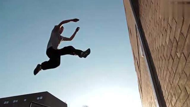德国跑酷达人Jason Paul 穿越回日本江户时代,技能满分!