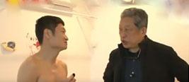 日本男子想搬走家里中国货 结果家空了人还要裸奔