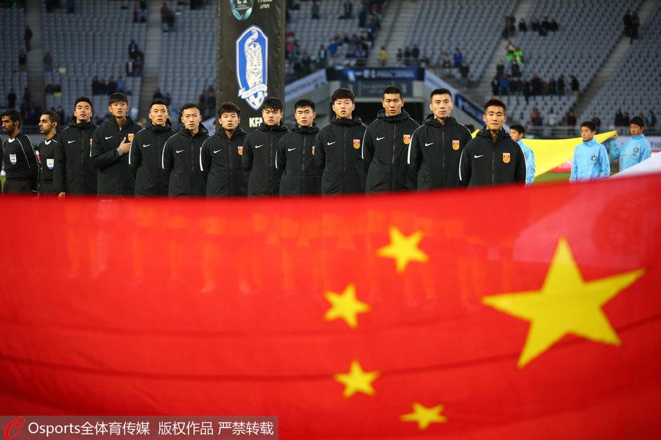 记者手记集体拒绝赛后采访国足球员仍缺