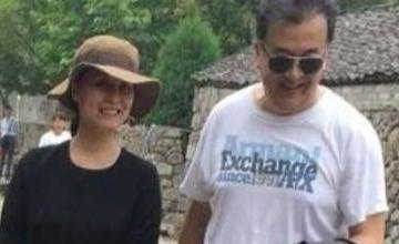 黄宏妻子长这样 创作《超生游击队》助丈夫成名