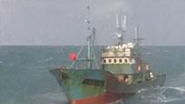 """韩国海警向中国""""越界""""渔船开枪 射击200发子弹"""