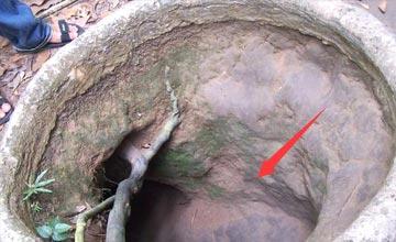 男子意外发现一个洞穴 内景让人惊叹不已