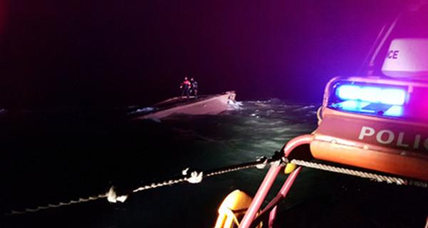 一艘疑似中国渔船在韩以西海域倾覆 已发现三具遗体