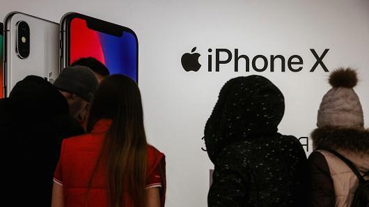 iPhone需求出现疲软迹象 苹果评级一周内第二次被下调