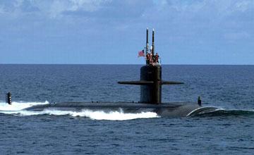 军机处∣王云飞:对南邻潜艇要人盯人掌握声纹