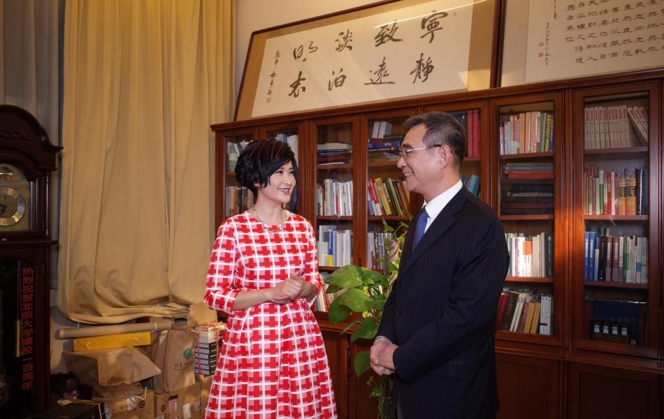 吴小莉与林毅夫