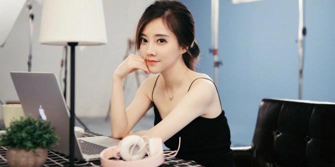 """走近""""冯提莫"""":重庆时时彩开奖视频,幼师转行主播 传年薪1600万"""