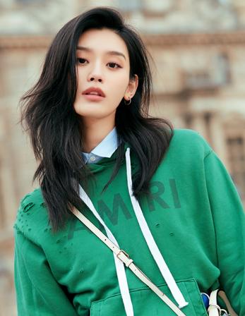 奚梦瑶独家街拍:法式的美与时尚    奚梦瑶独家街拍:法式的美与时尚
