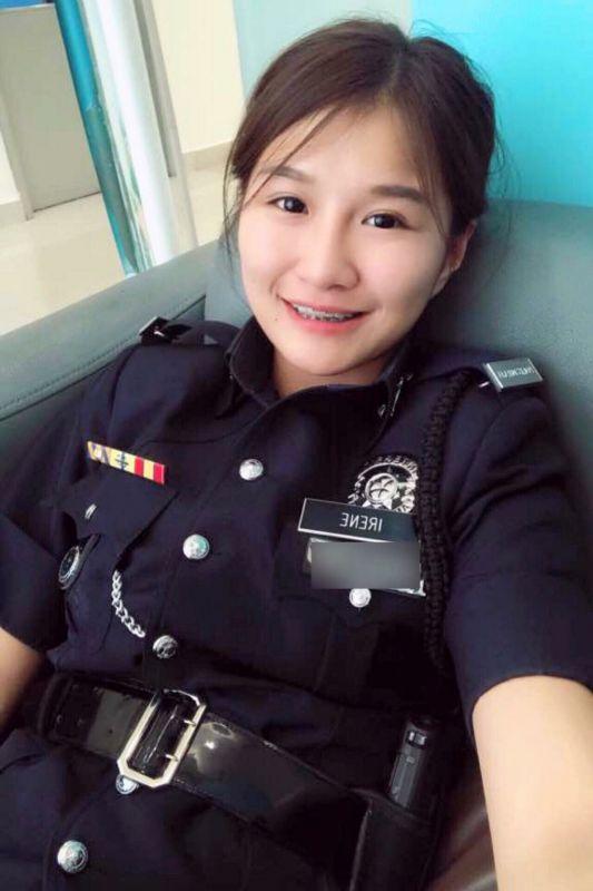女警捡到手机却被失主骂是小偷 怒扔垃圾桶