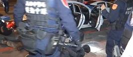 台湾高雄今晨惊传枪战 警方连开22枪击毙一名歹徒