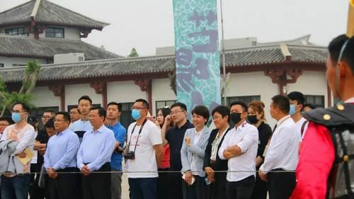 中央电视台财经频道栏目组到芒砀山旅游区调研