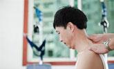 27岁小伙按摩后隔天身亡 技师曾扳了下他的脖子
