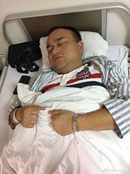 鸿茅案被捕医生回家后发病