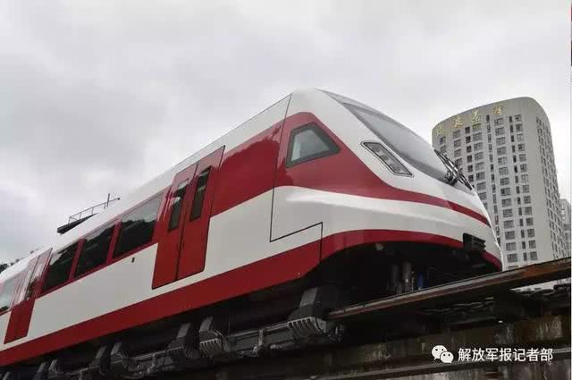 中国突破中速磁浮交通关键技术 新型磁浮列车试验成功
